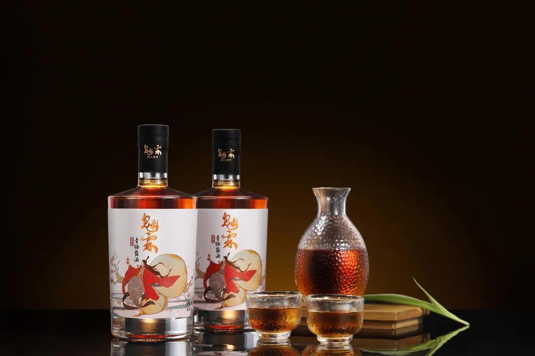 回归传统制酒加工工艺,「魅霖」主打生产原酿型青梅果酒